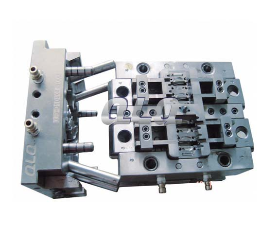 double-puller-non-lock-slider-body-mould