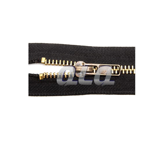 semi-auto-metal-zipper-closed-end-top-stop-machine-by-brass-top-stop-wire